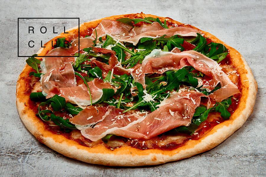 Пицца с прошутто от Roll Club